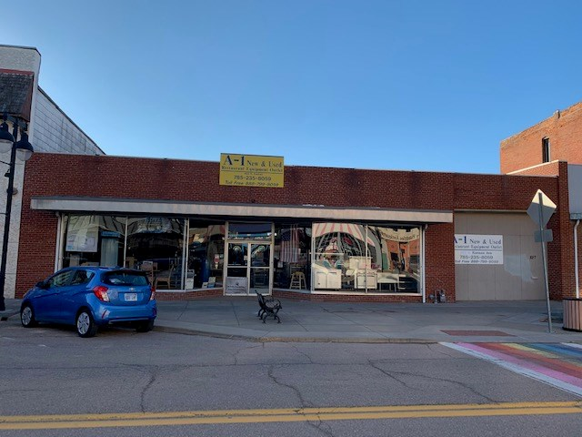 Commercial Property in North Topeka (NOTO) Arts District