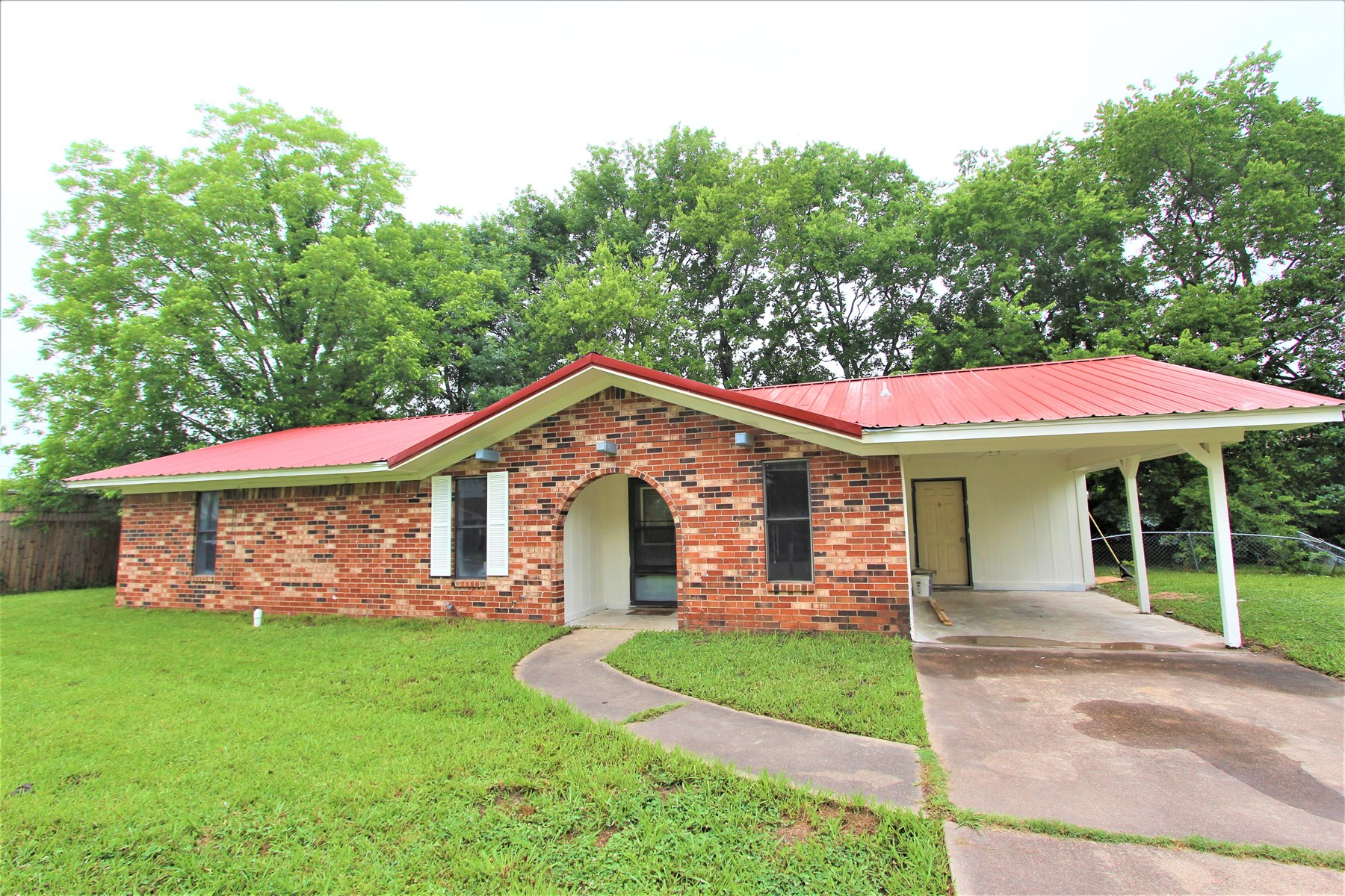 Home In Town Property For Sale Clarksville Texas