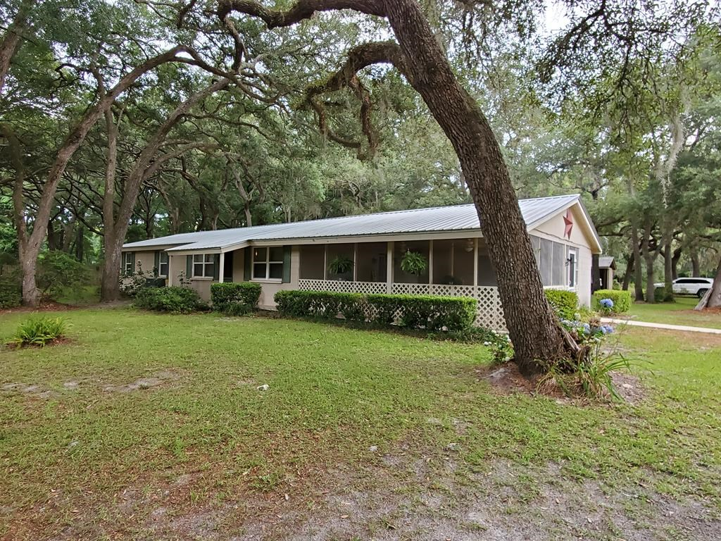 Concrete Block 3/2 home! 7.5 acres Chiefland, FL Levy County