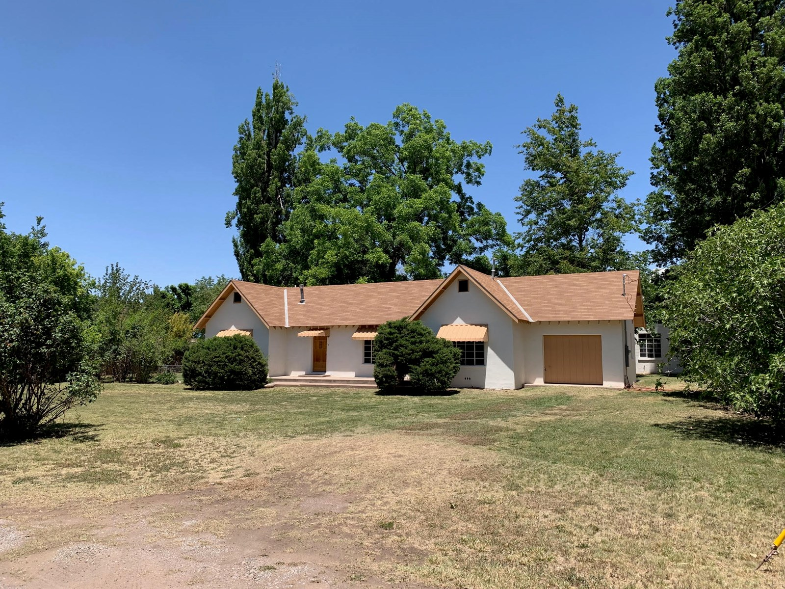 Home on Corner Lot in Tularosa NM with Ditch Irrigation