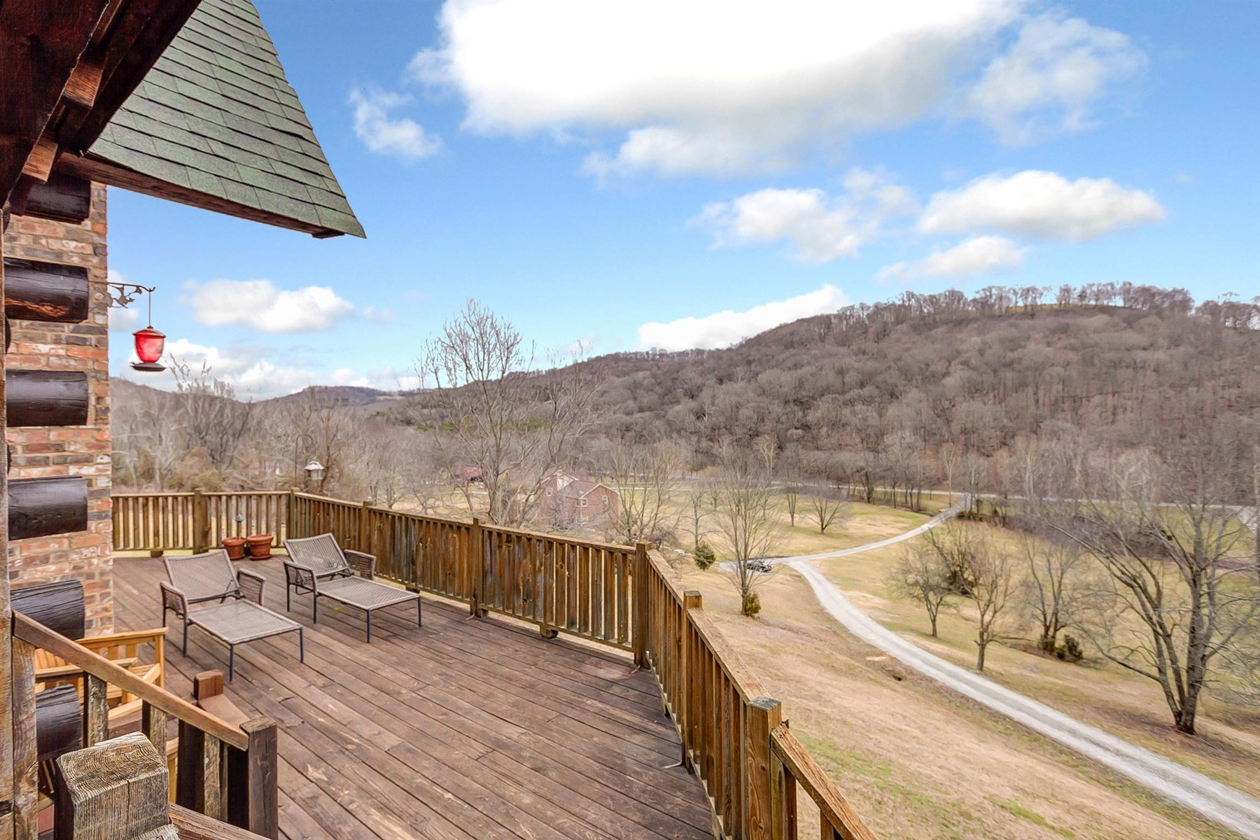 Tennessee Country Retreat For Sale in Nolensville
