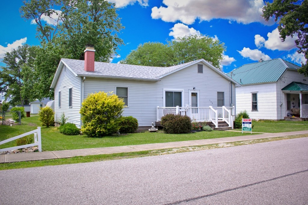 3 Bedroom, 1 Bath, Well Maintained Home