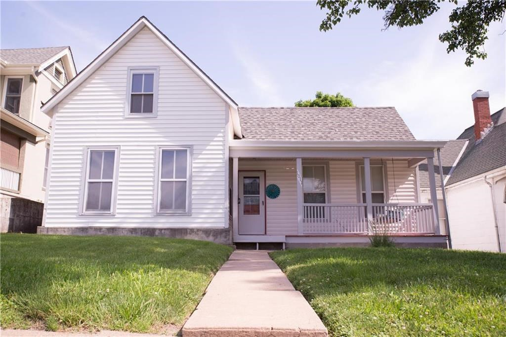 Remodeled 3 Bedroom 2 Bath Home College Town