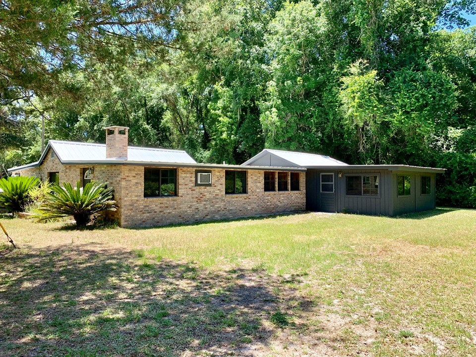 SUWANNEE RIVER WATER FRONT HOME - 3+ Acres, Dixie County, FL