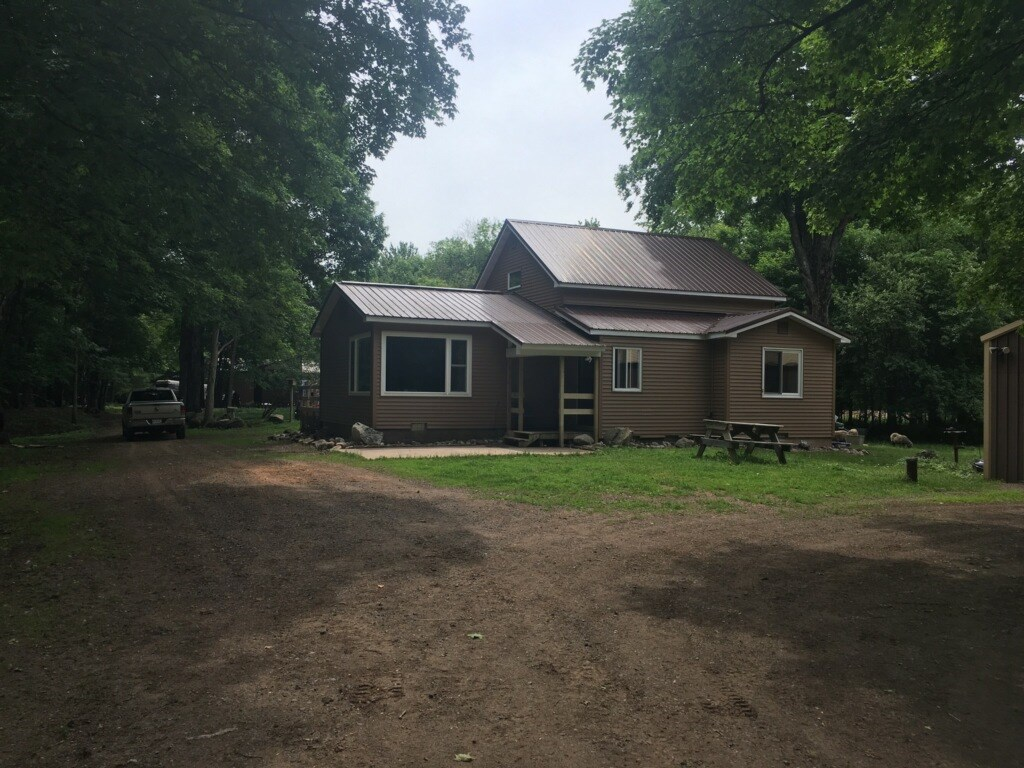 Michigan Country Home on 90 Acres - Private Equestrian Farm