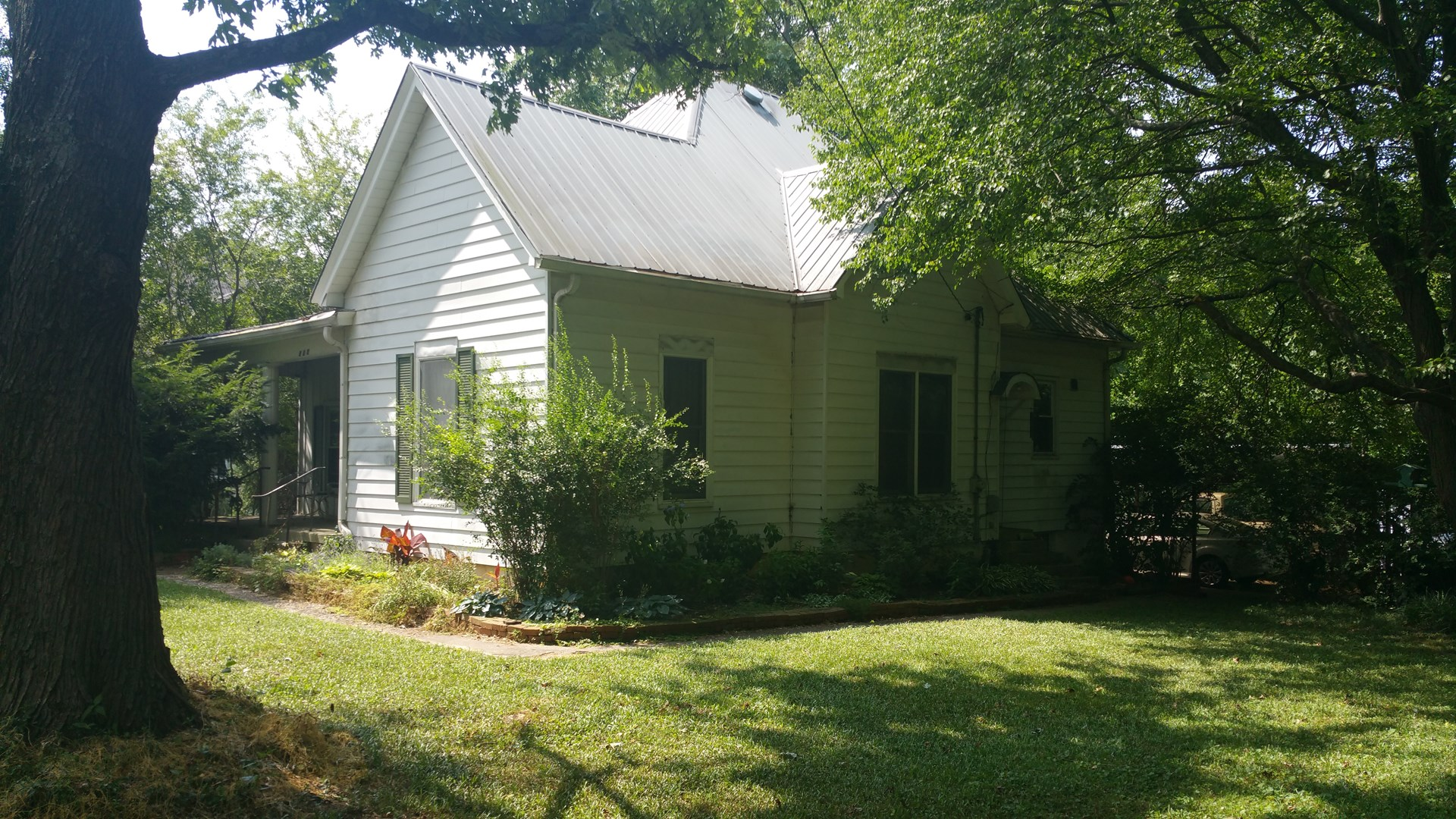 Beautiful 3 bedroom 2 bath home for sale in Franklin Ky.