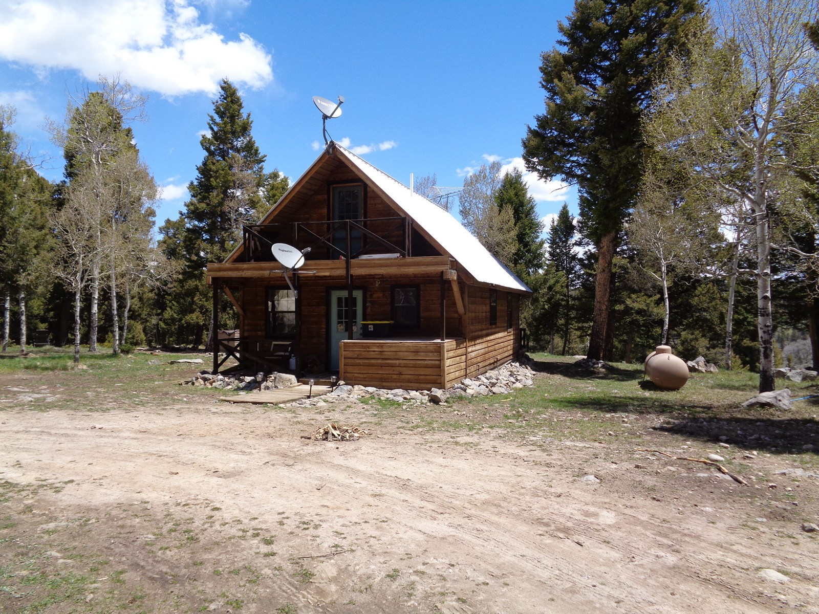 Recreation & Hunting Cabin on 40 Acres