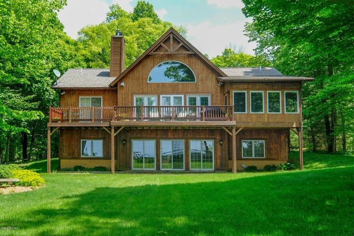 Spectacular Lake Michigan Views from this Custom Cedar Home