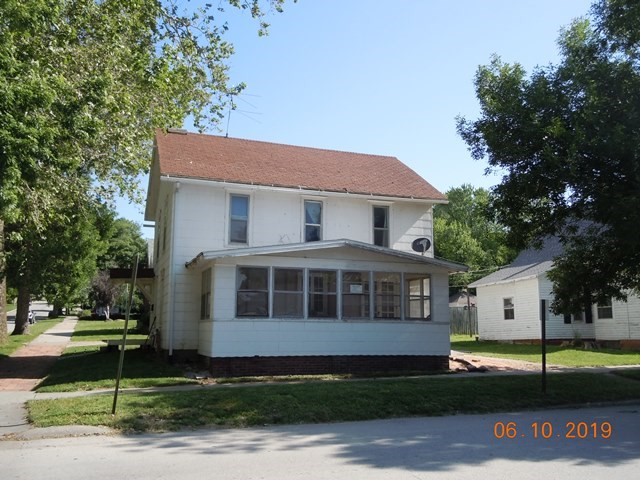 SINGLE FAMILY OR RENTAL HOME FOR SALE MISSOURI VALLEY IOWA