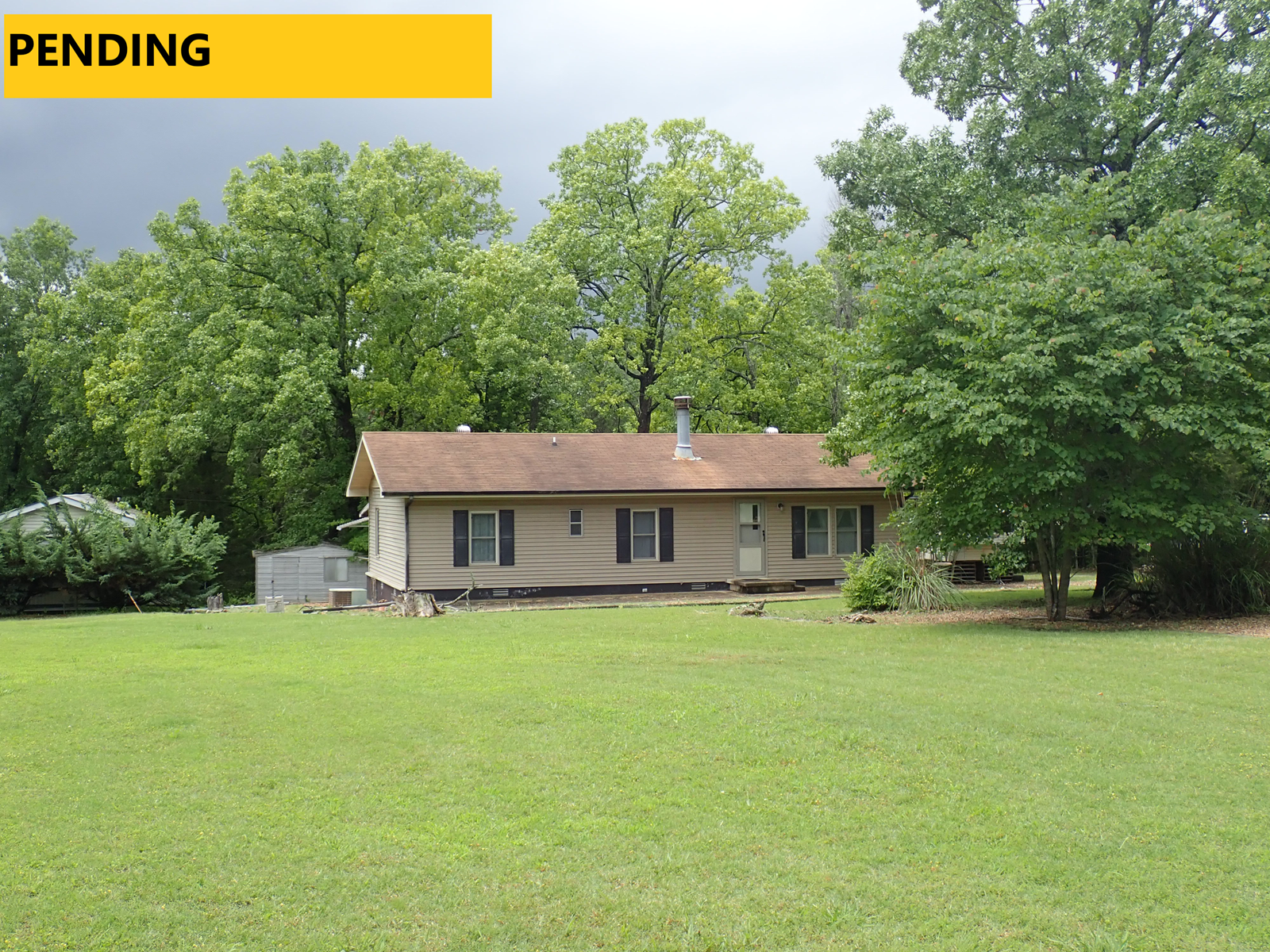2 HOMES FOR SALE IN BULL SHOALS AR WITH WALK TO THE LAKE
