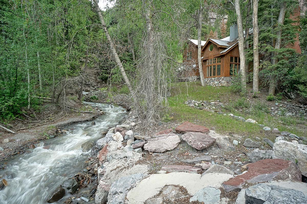 Beautiful Mountain Home in town Ouray, Colorado For Sale