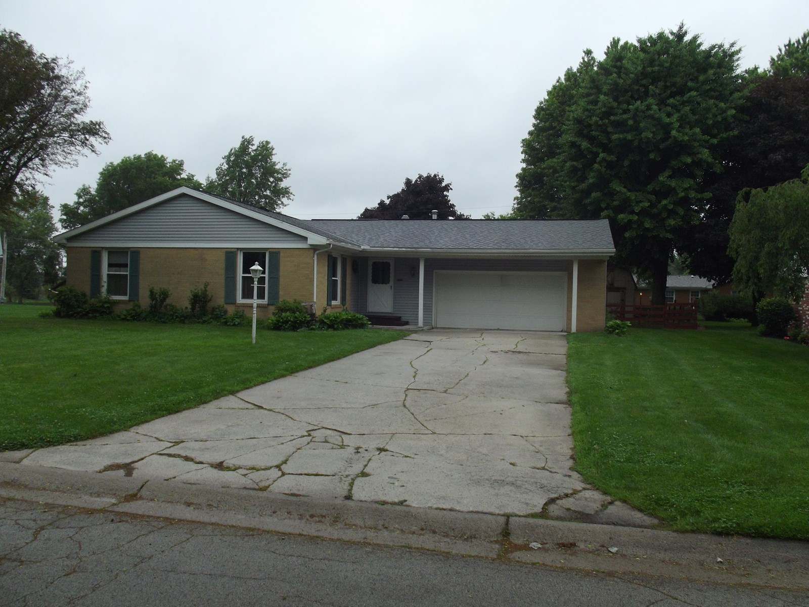 Real Estate Auction - July 15th @ 6pm