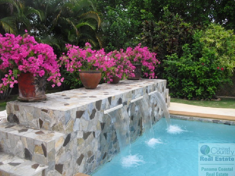 VILLA FOR SALE AT ROYAL DECAMERON GOLF & BEACH VILLA PANAMA