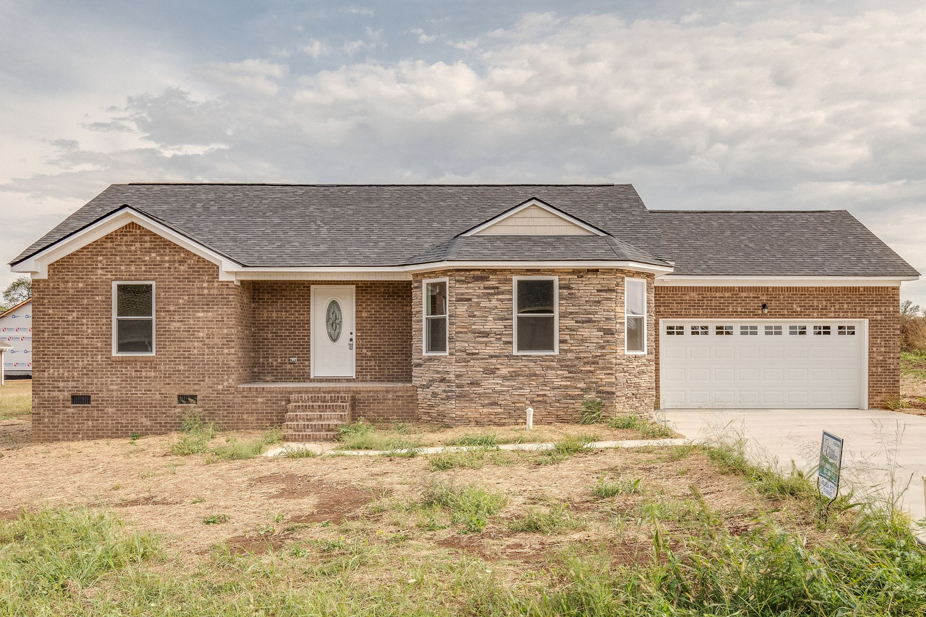 New Built Home with 1400 sqft. in Mt. Pleasant, Tennessee