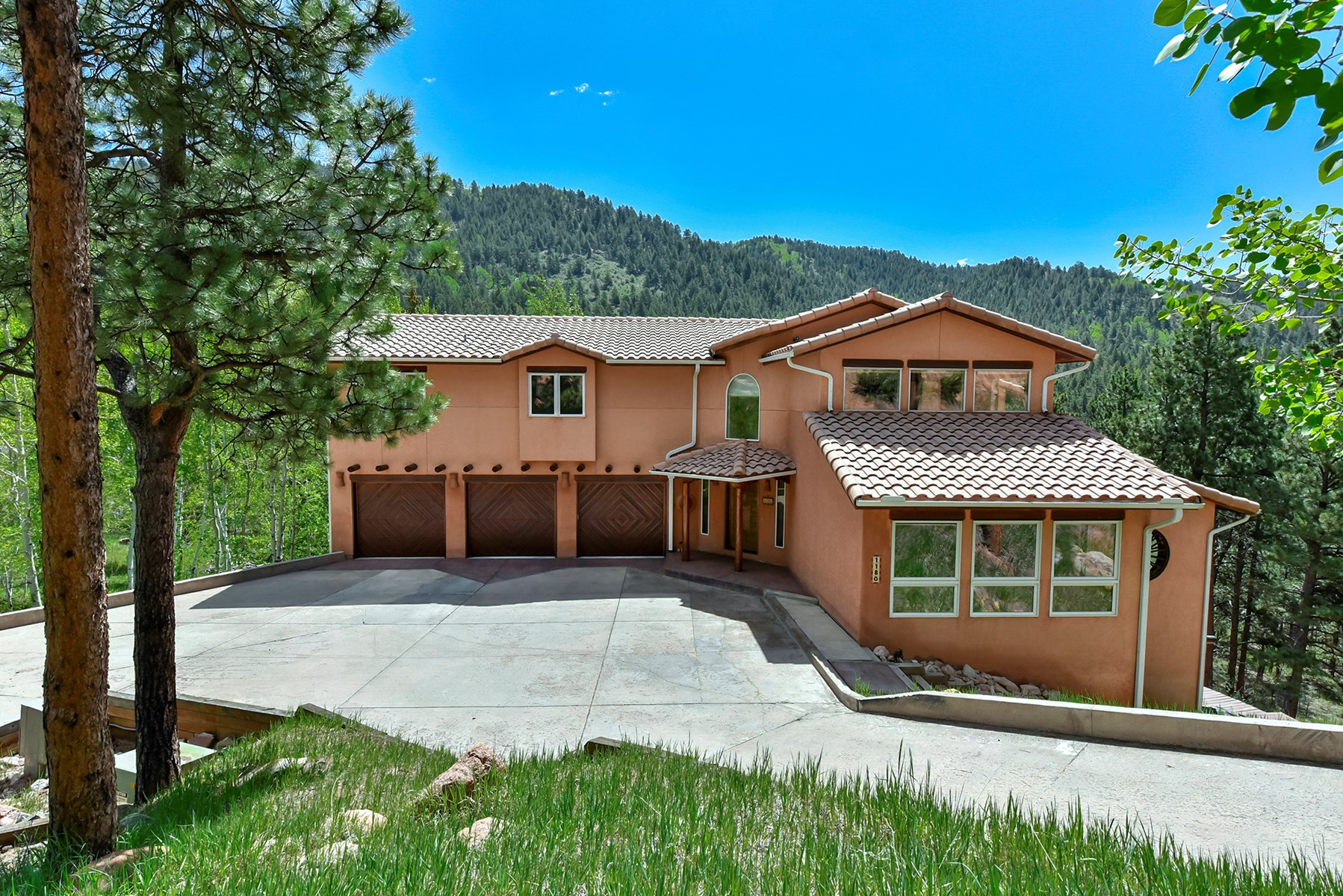 Custom Southwestern Home in Woodland Park, Colorado