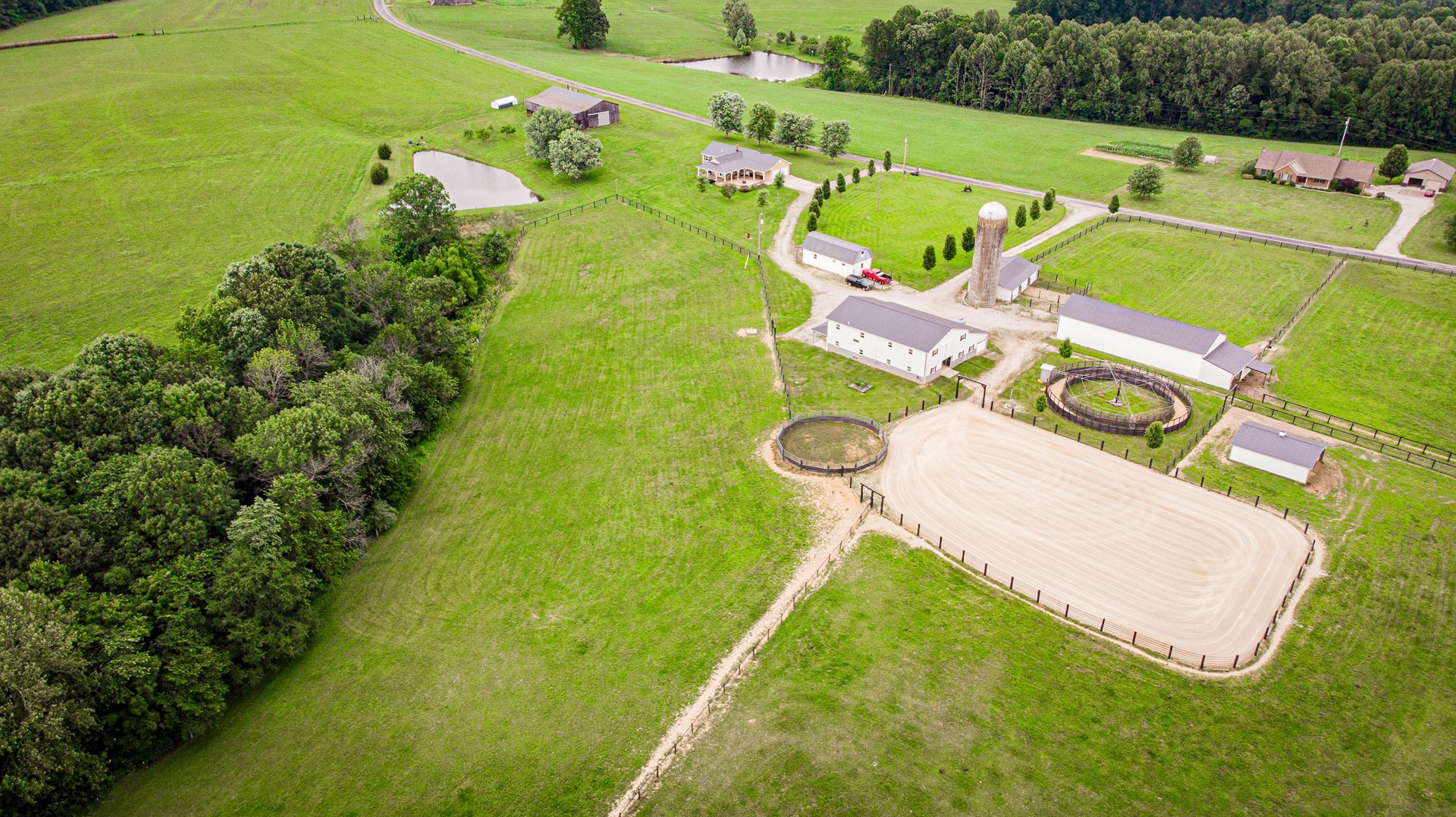 Kentucky Horse farm for sale-United Country Real Estate