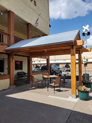 HOTEL, GIFT SHOP & ICE CREAM SHOP FOR SALE CHAMA NM