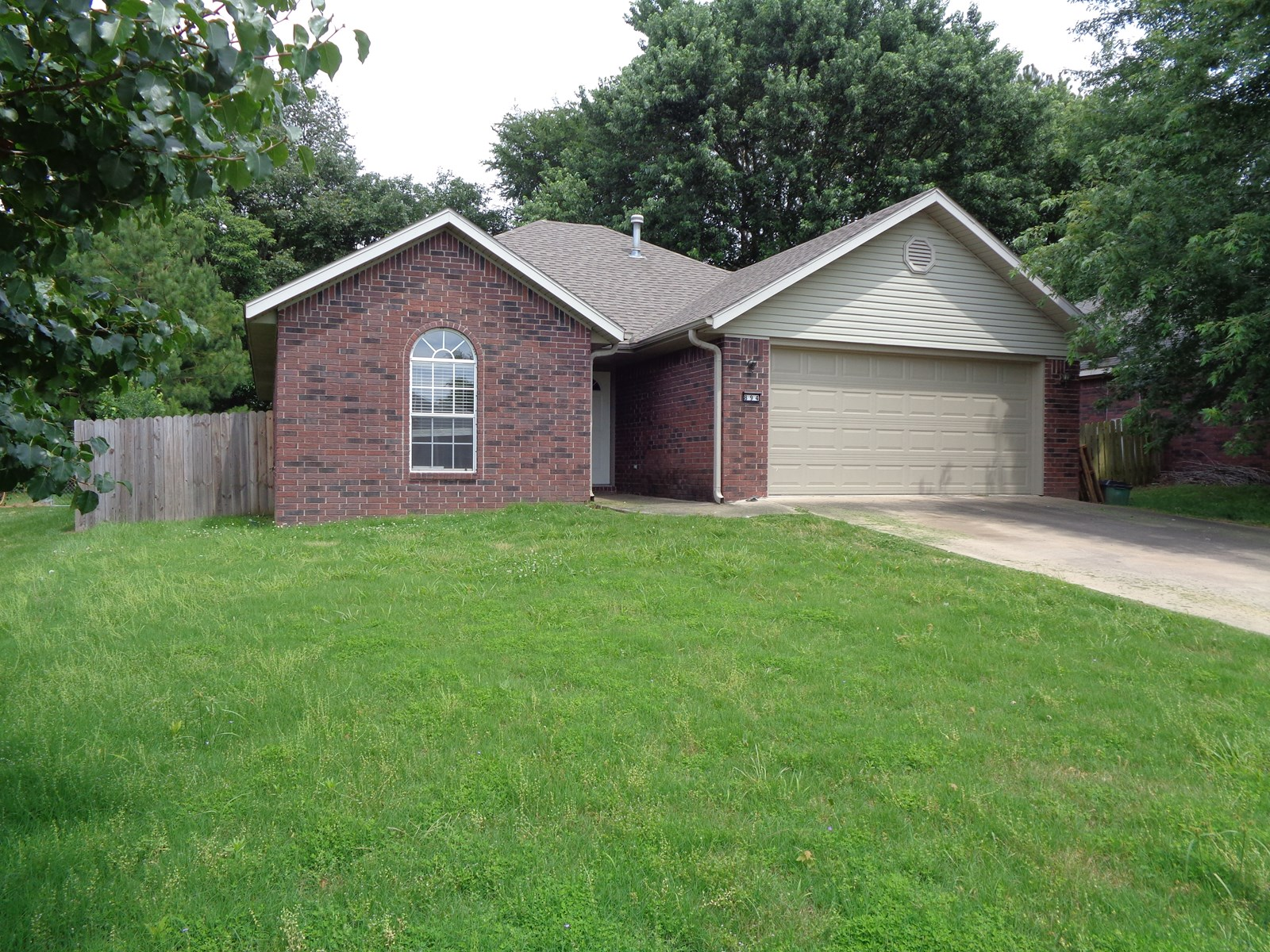 Fayetteville, Arkansas 3bedroom/2bath Home For Sale