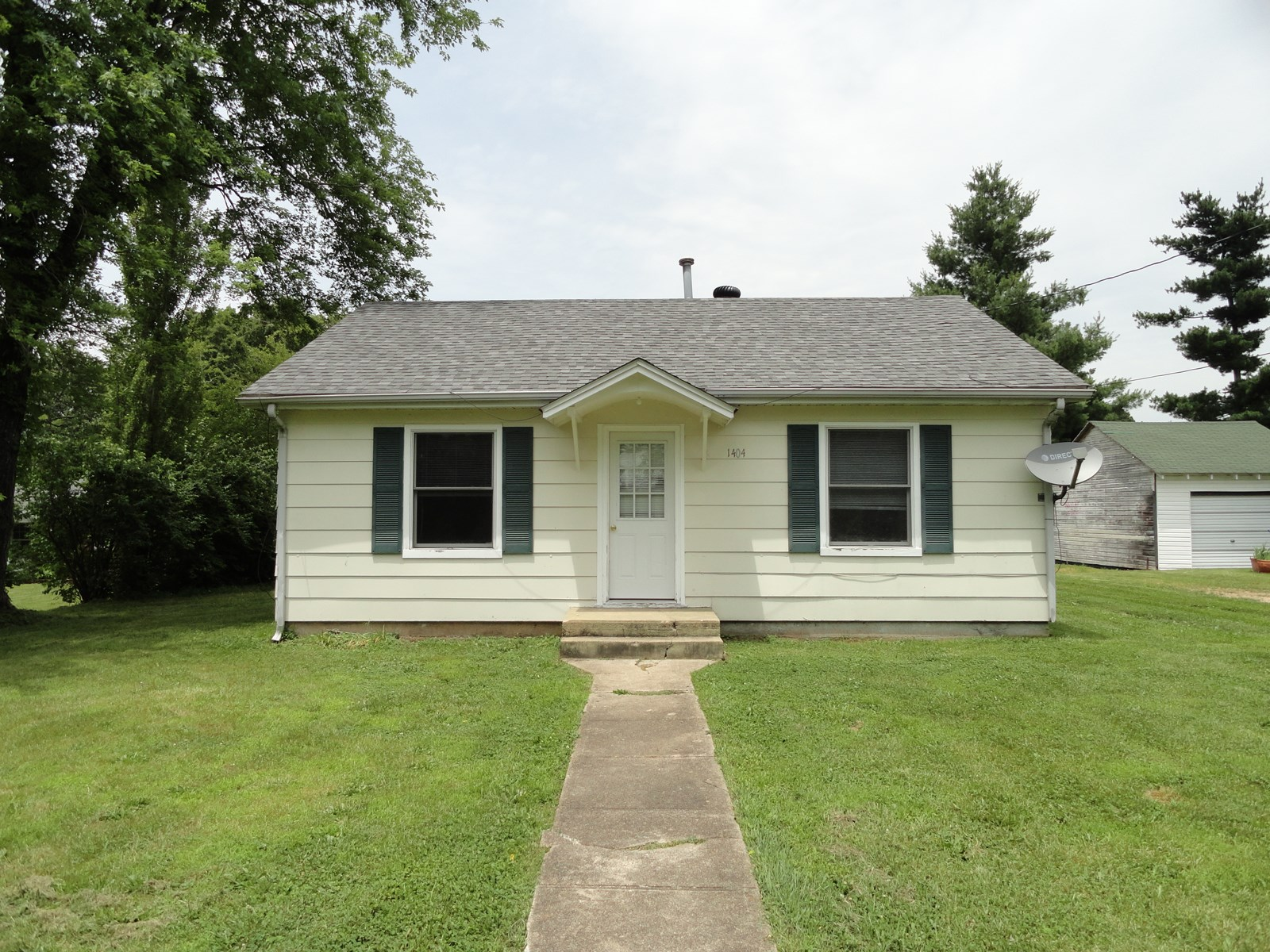 Great 3 Bedroom Home for Sale in Salem, MO