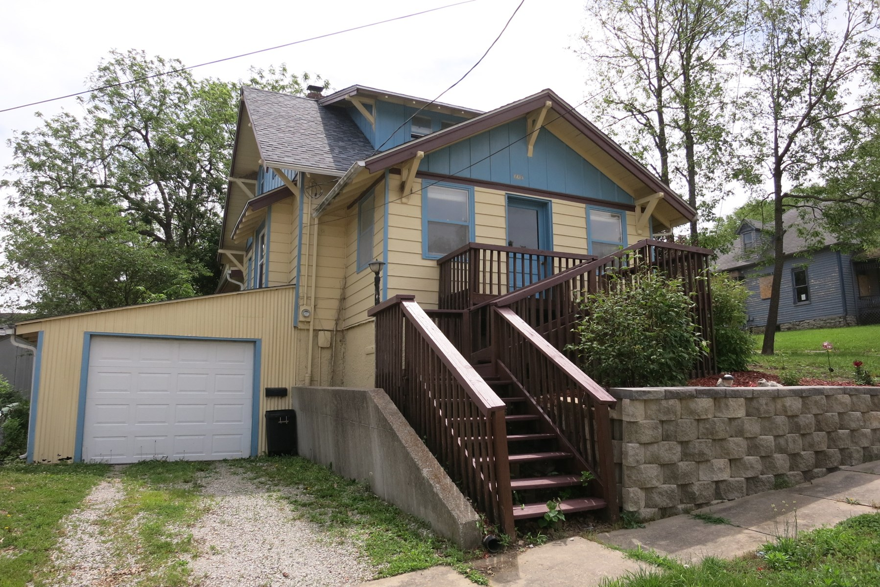 1 ½ Story Home For Sale in Bethany Missouri