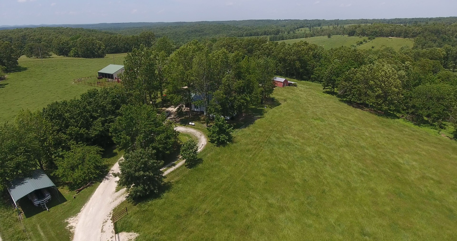Southern Missouri Ozarks Home with Acreage