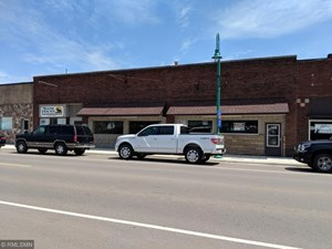 COMMERCIAL BUILDING FOR SALE, MOOSE LAKE, CARLTON COUNTY