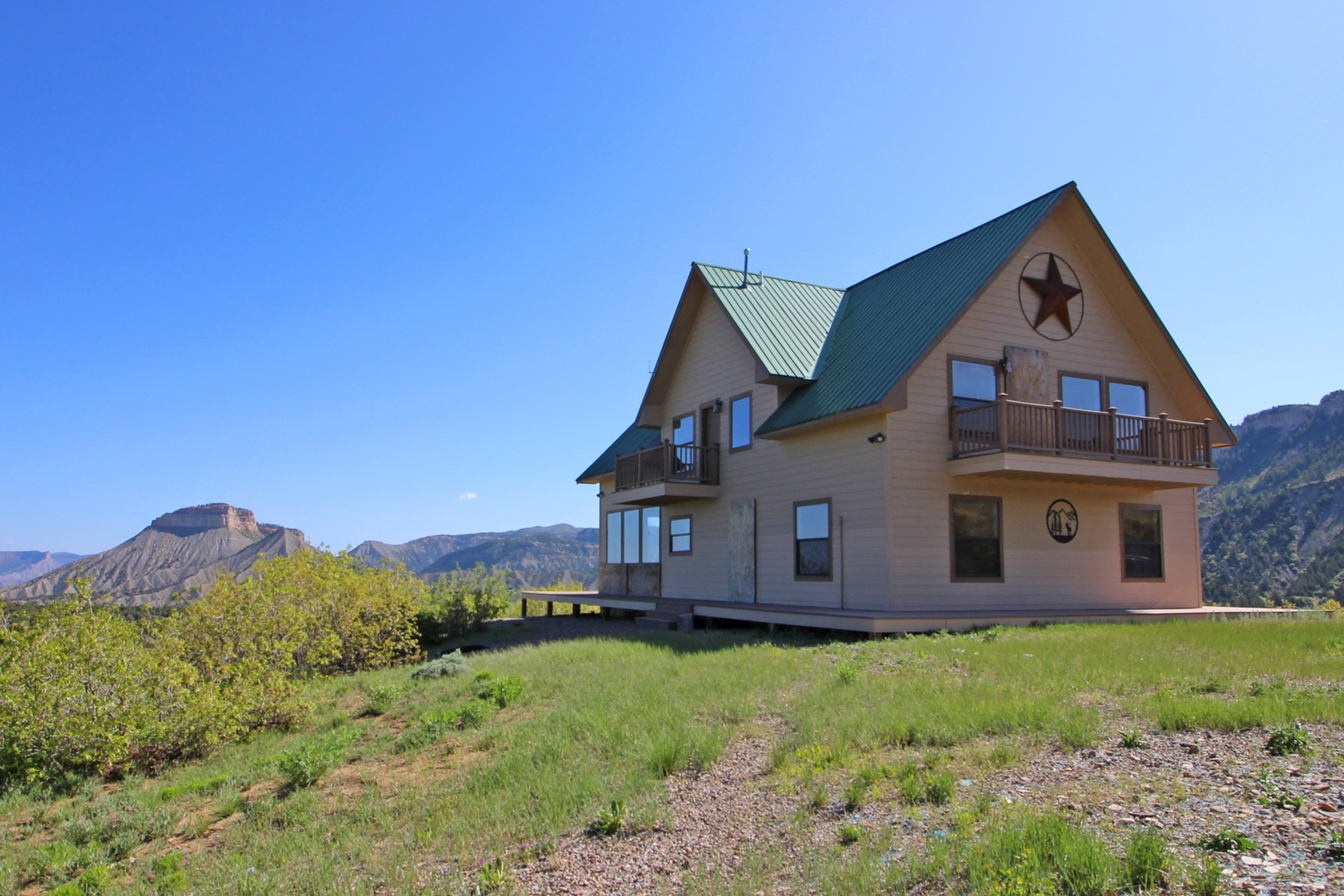 Incredible southwest Colorado home and home site!