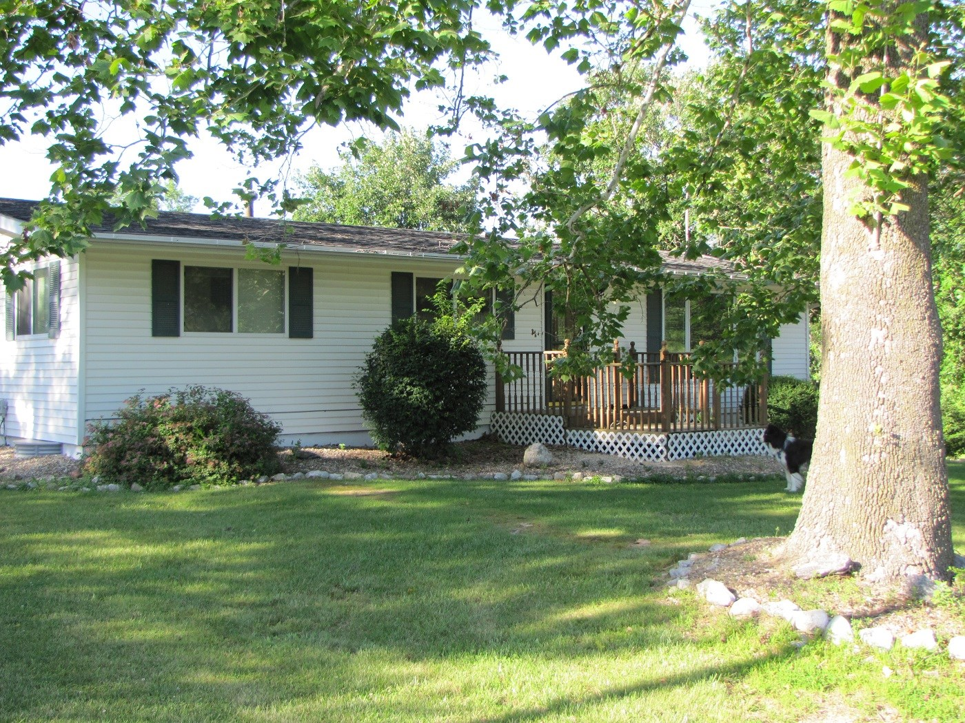 NORTHEAST MISSOURI HOUSE FOR SALE WITH BASEMENT, CORNER LOT