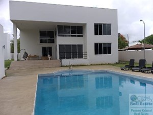 LARGE HOUSE FOR RENT IN CORONADO PANAMA