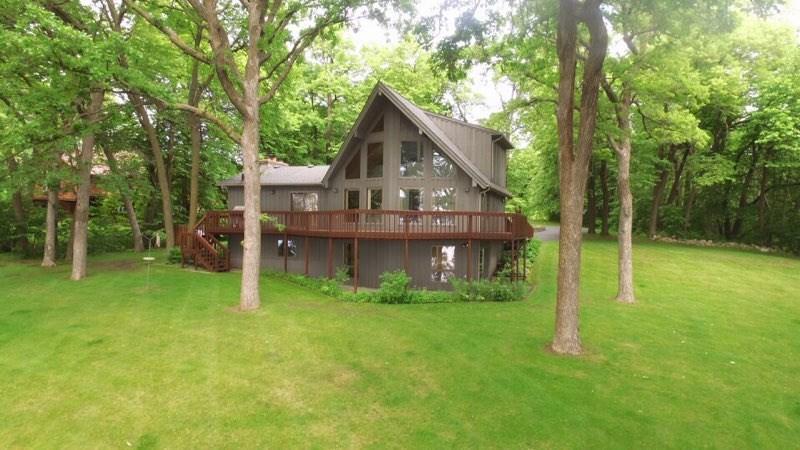 OUTSTANDING BATTLE LAKE/DALTON AREA LAKE HOME AUCTION