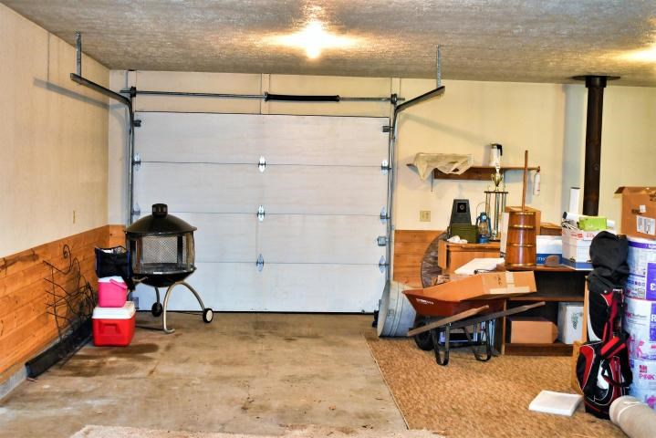 Garage Right Side Interior View