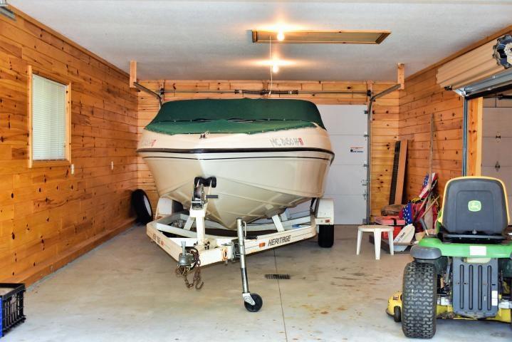 Garage Left Side Interior View