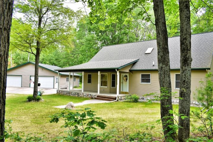 HOME FOR SALE NEAR CLEAR LAKE STATE PARK, ATLANTA, MI 49709