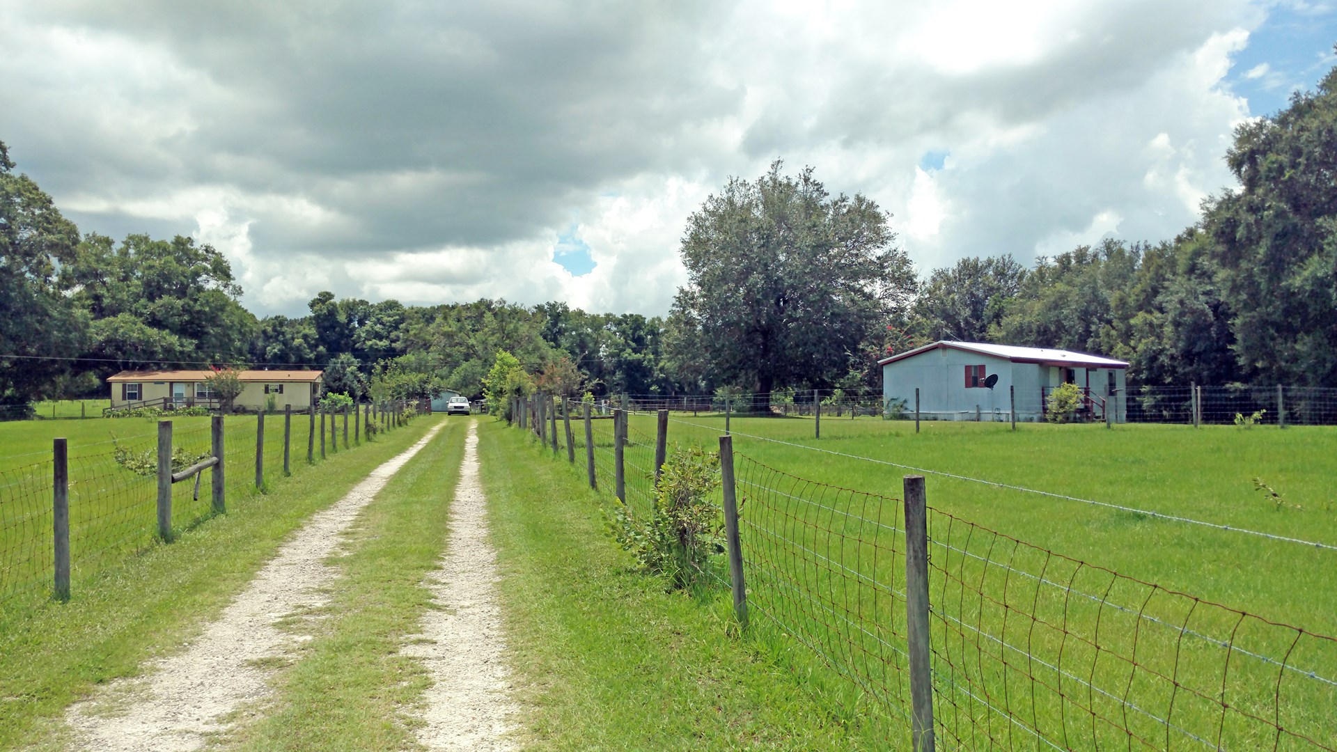 TWO MOBILE HOMES ON 12 ACRES FOR SALE IN LAKE CITY, FLORIDA