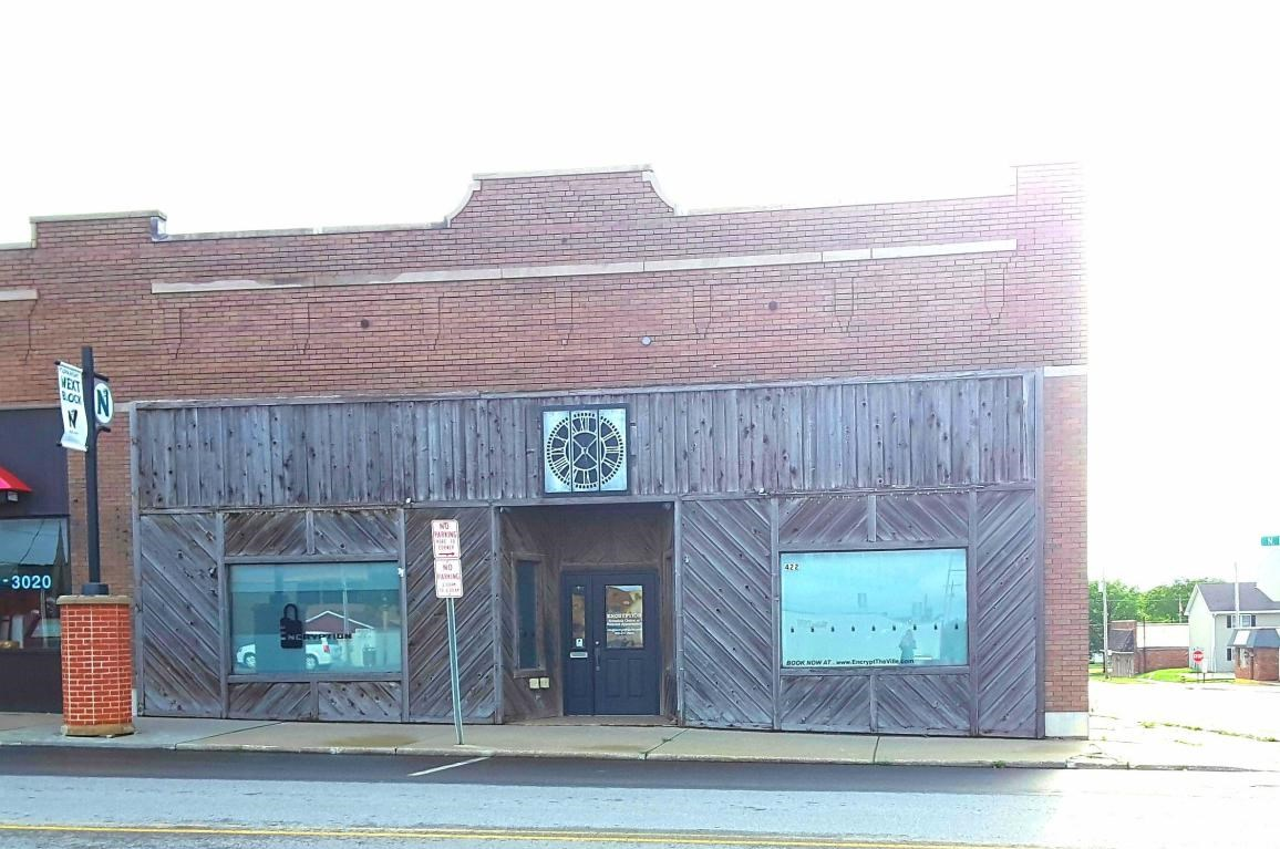 COMMERCIAL BUILDING FOR SALE IN MARYVILLE, MISSOURI