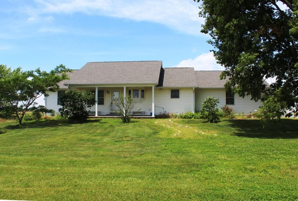 4 BR, 3 BA Country Home on Acreage near Farber MO