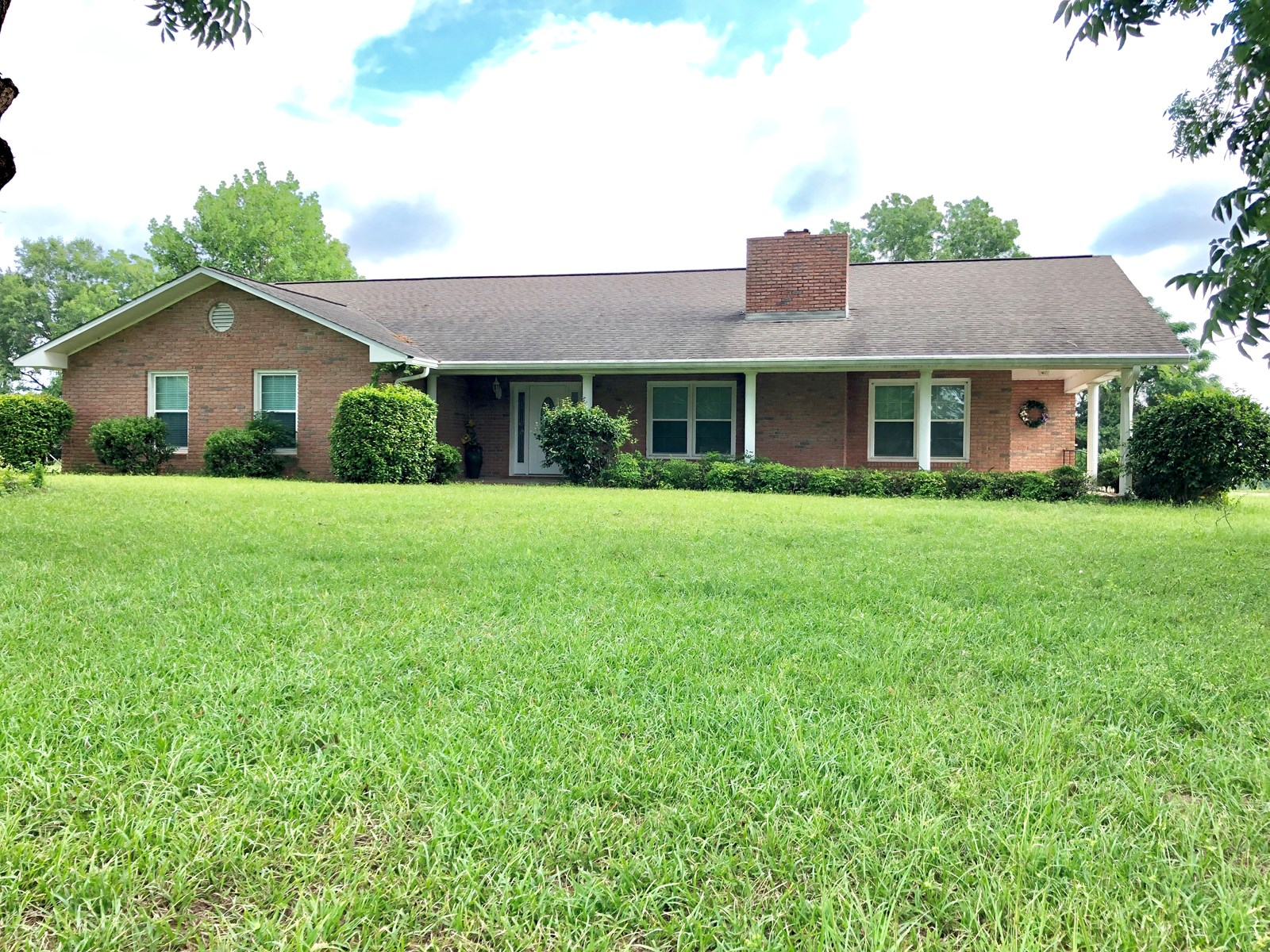 3B/3B BRICK HOME FOR SALE IN BLACK, ALABAMA