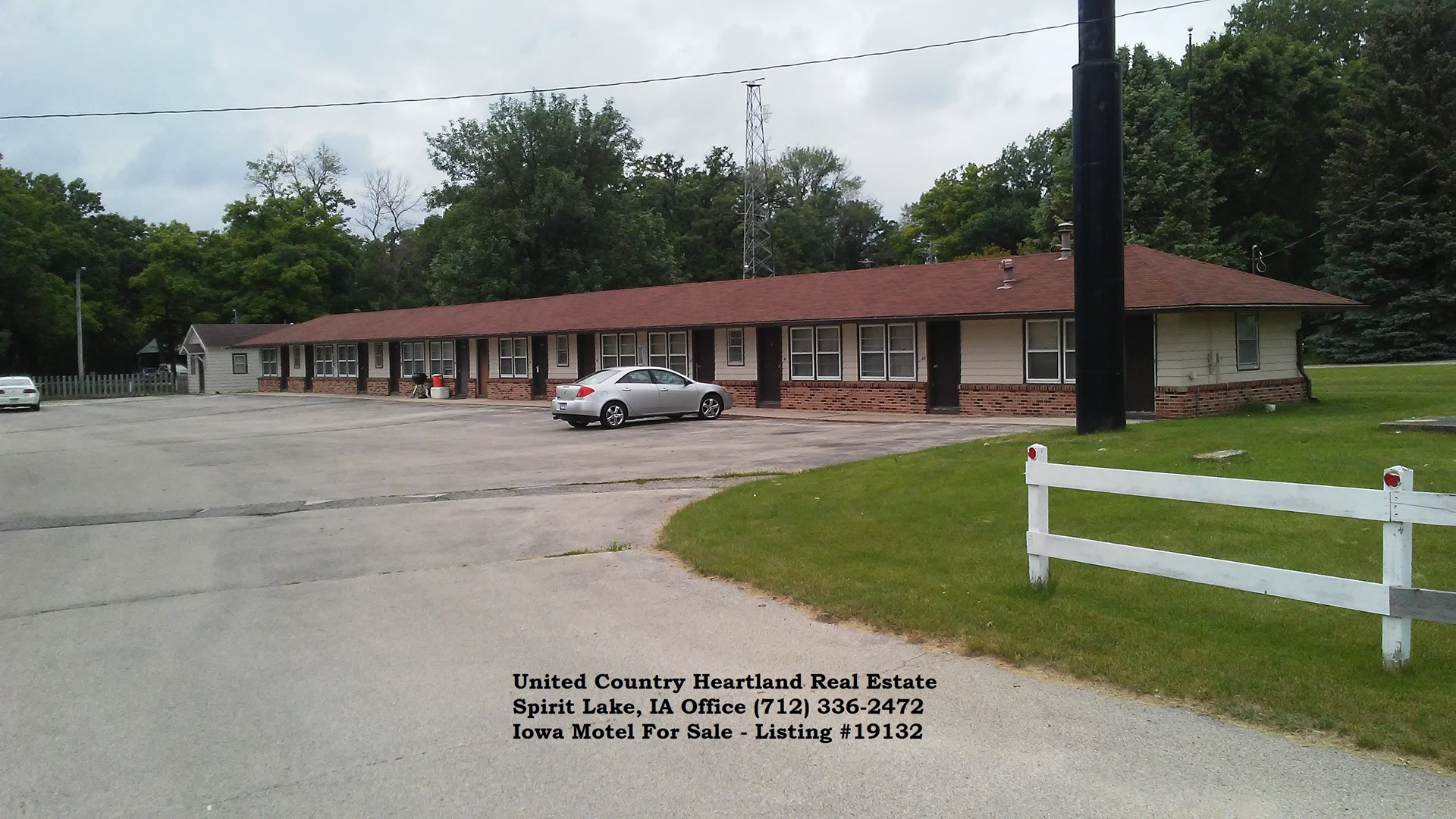 Eastern IA Motel For Sale
