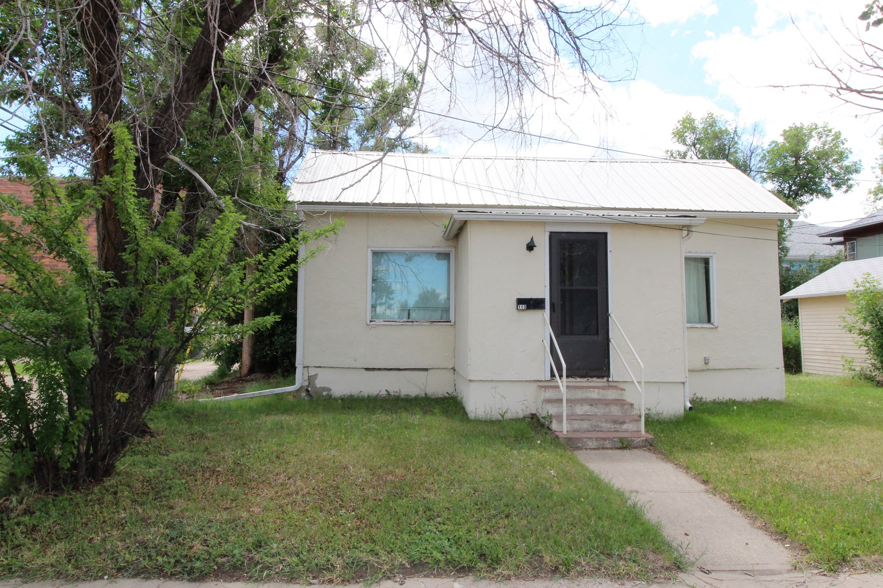 Fixer upper, investment opportunity home for sale
