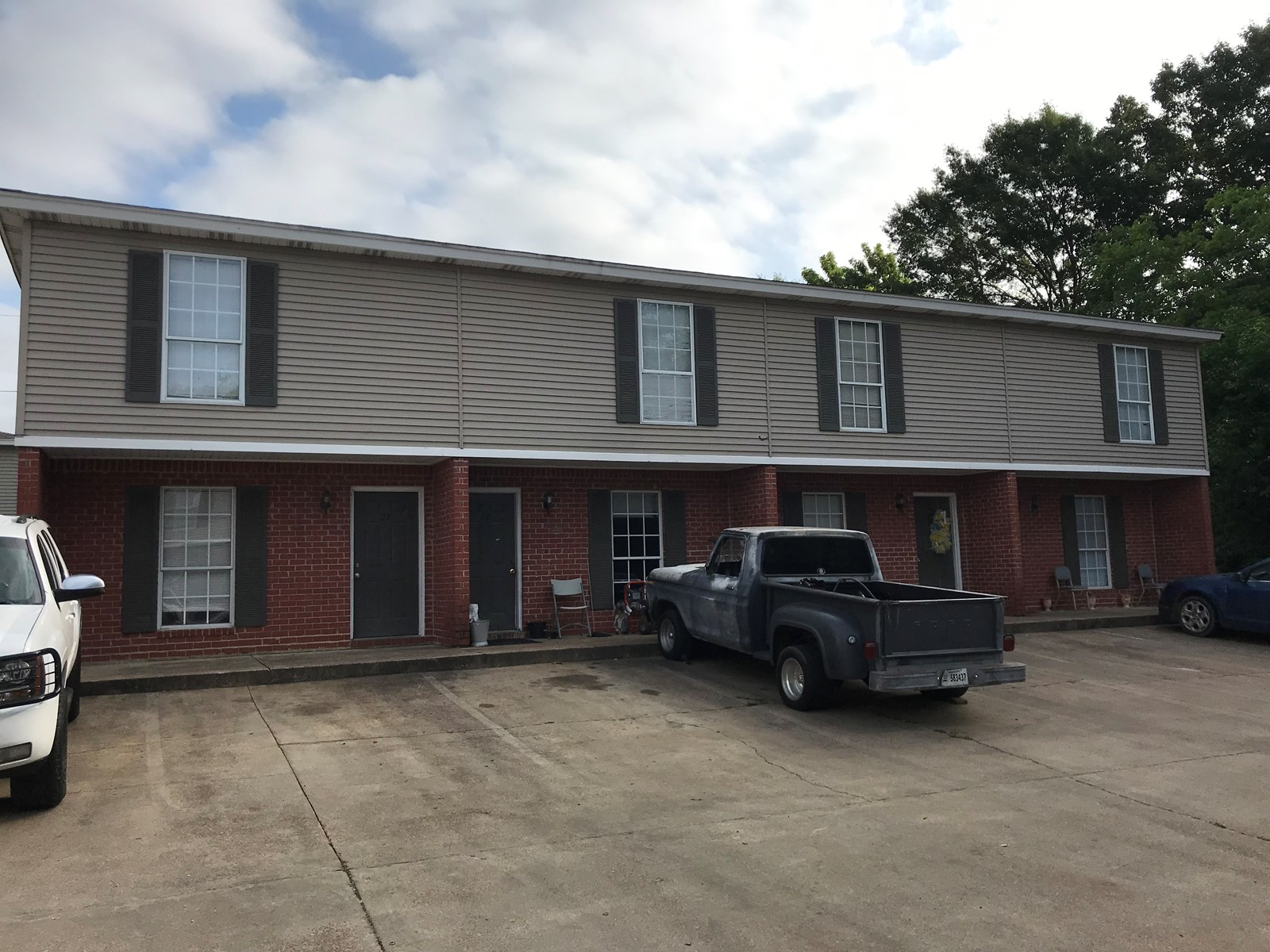 4-Plex For Sale: 1301 Louisville St, Starkville, MS 39759