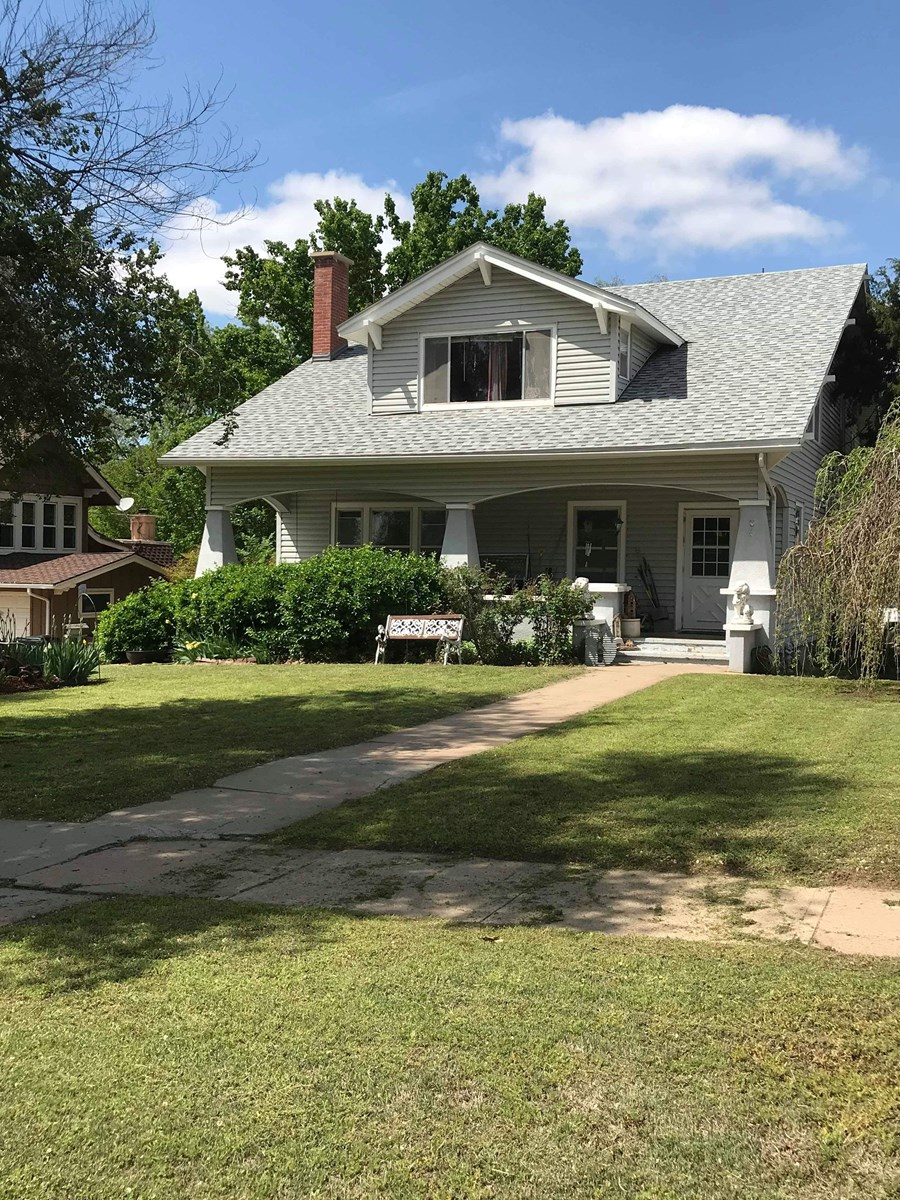 Home for sale in Medicine Lodge Kansas