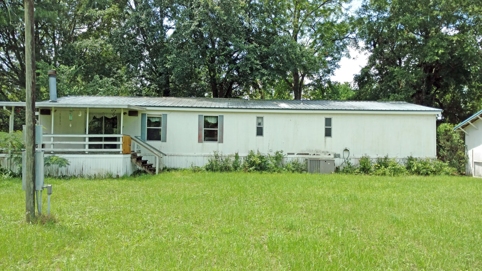 3BR/2BA DOUBLE WIDE IN PECAN ACRES S/D, LAKE CITY, FLORIDA