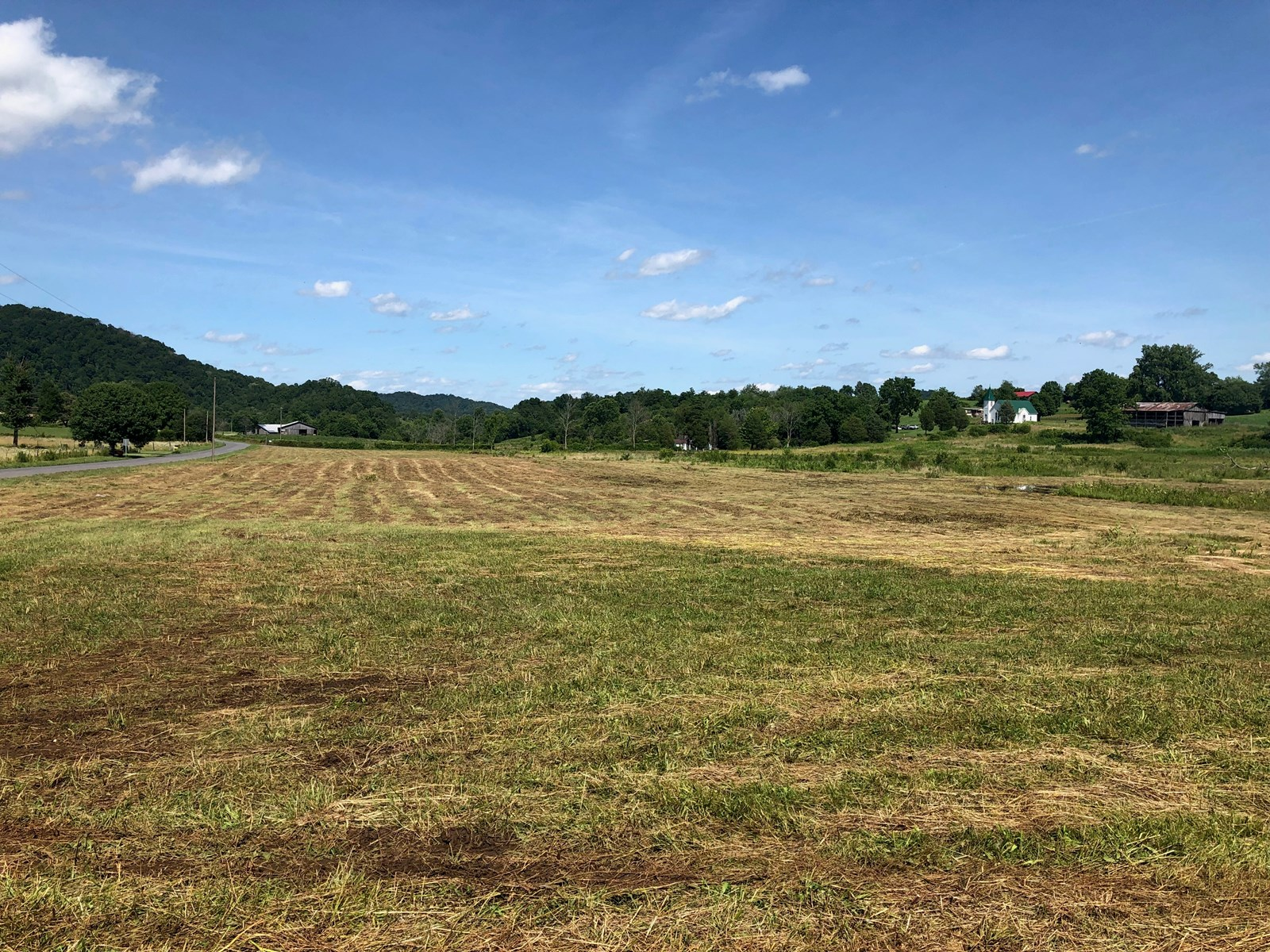 .76 Acre Unrestricted, Level Lot in Hawkins Co., TN