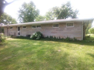 3 Bedroom, 1.5 Bath Country Home