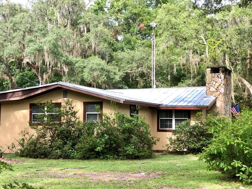 Country Home on Acreage in Chiefland, FL, Levy County