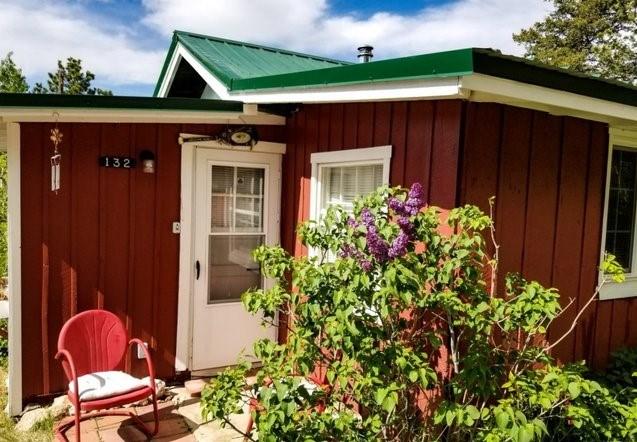 Cute Mountain Cabin in Northern Colorado