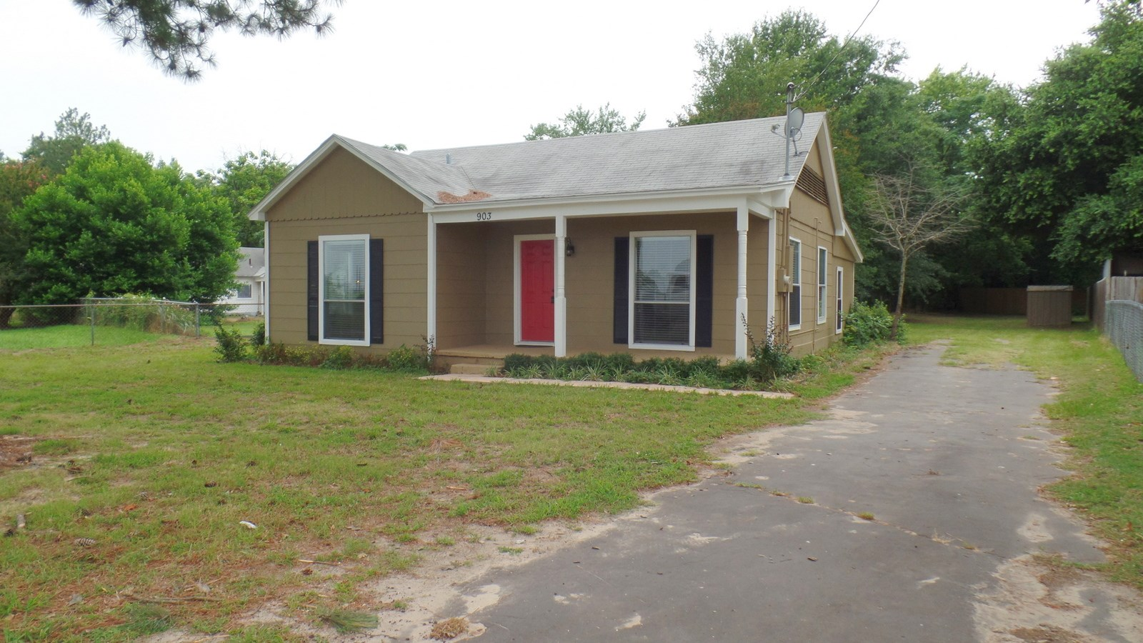 COMPLETELY REMODELED HOME IN TOWN - WINNSBORO, TEXAS