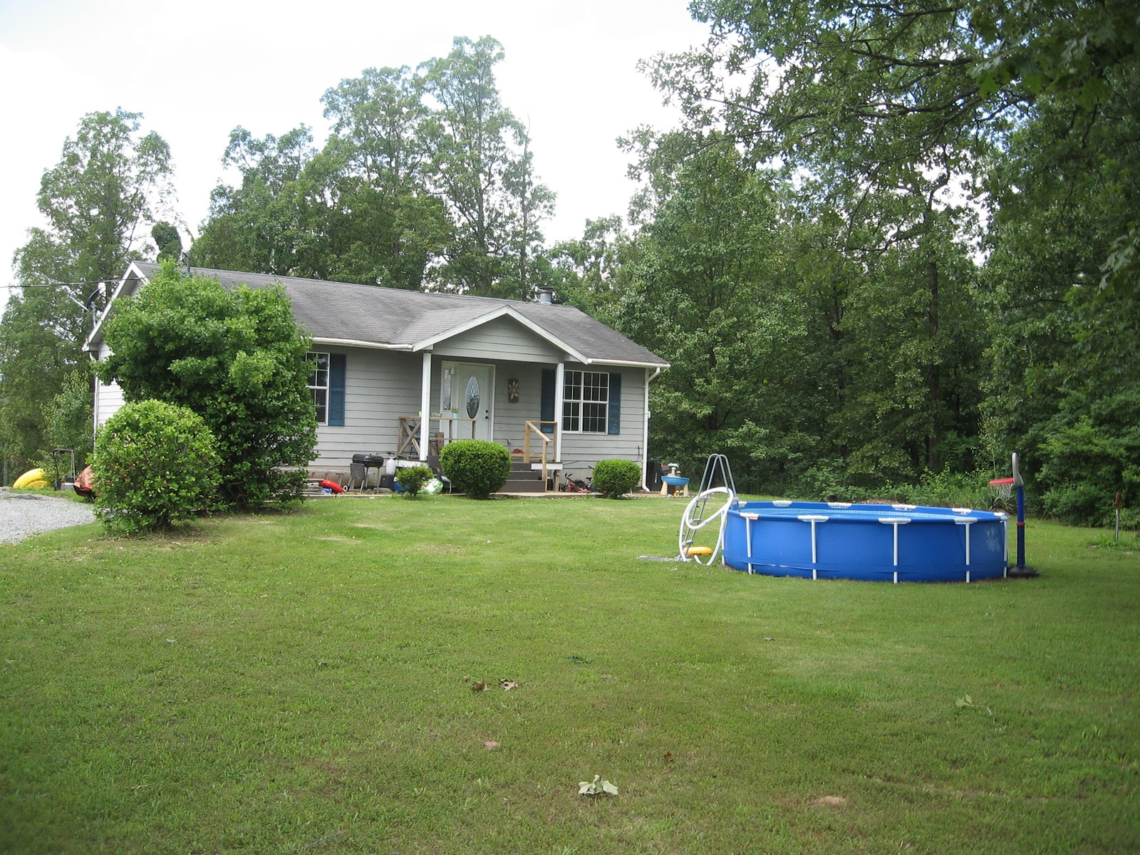 OUT OF TOWN 3-BR, 2-BA ON 3 ACRES: