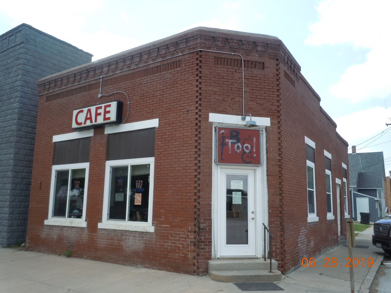 Turn Key Cafe Logan Iowa Building & Equipment
