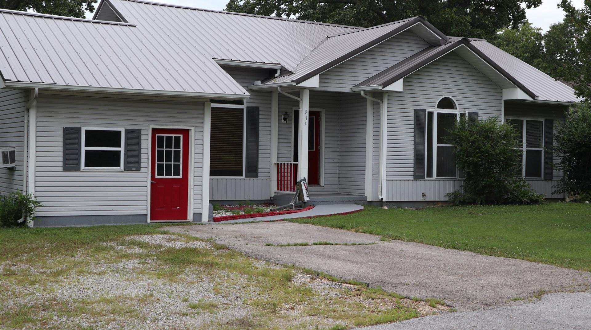 Ozarks County Home for Sale in Salem, AR